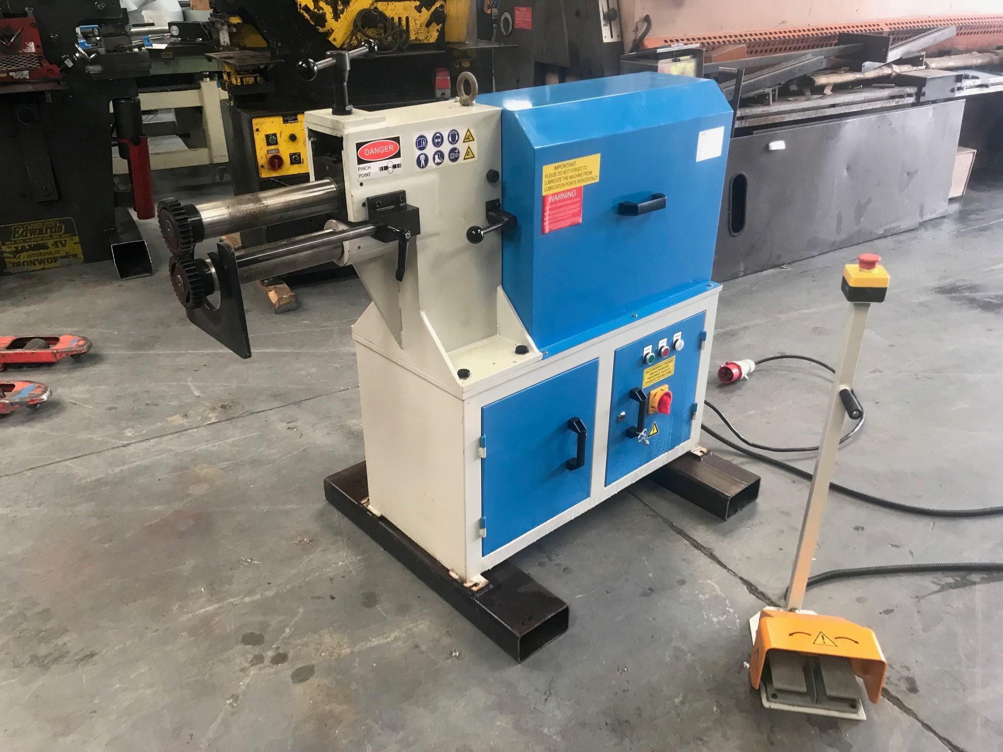 Mach- Swage 2.5mm power swaging machine